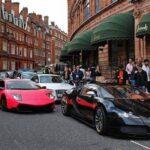 ロンドンを走るスーパーカーたち【ブガッティ、ランボルギーニ、ポルシェなど】
